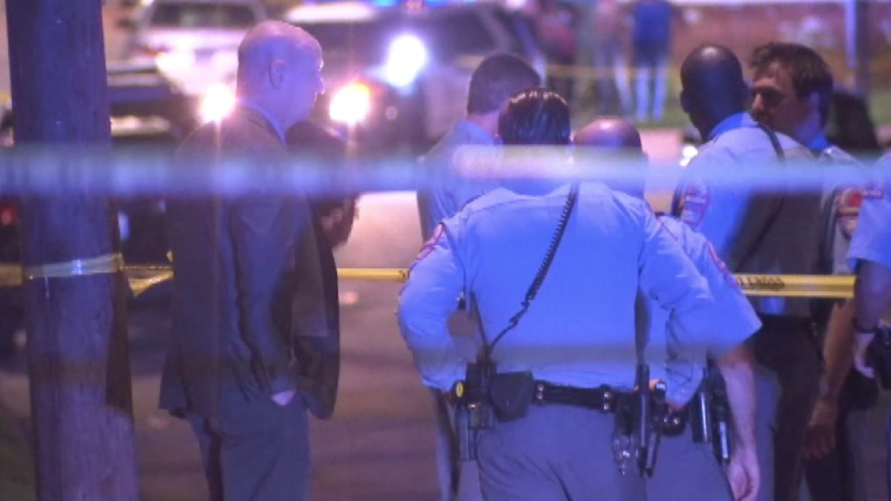 Man in critical condition after Raleigh stabbing