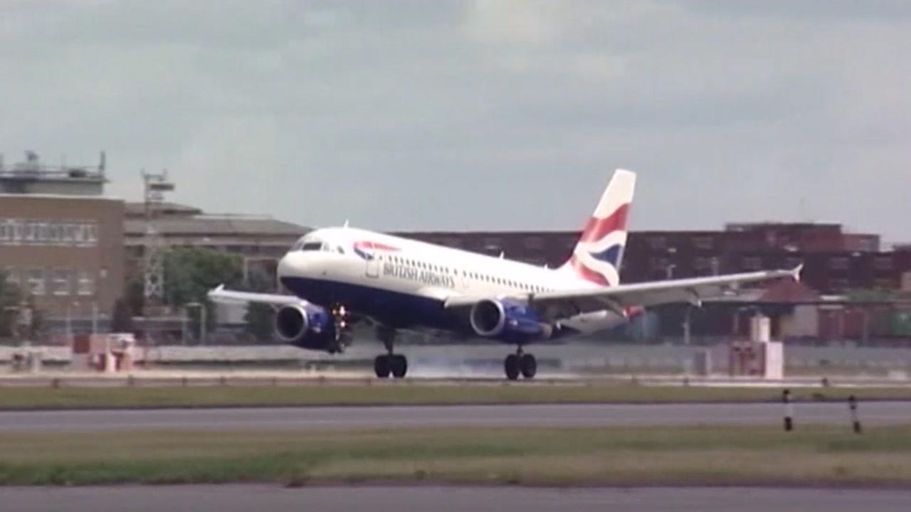 British Airways travelers' credit card details hacked
