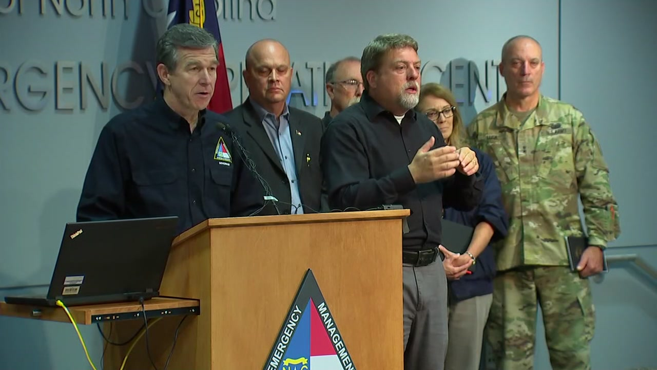 Thursday morning update from Governor Cooper at the Emergency Operations Cente