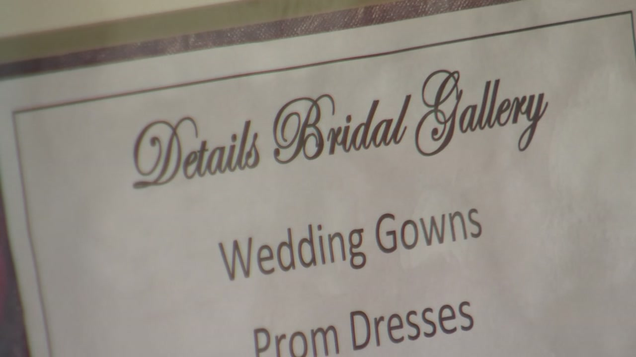 A Wake County bride getting married on Saturday is demanding a refund on her wedding gown.