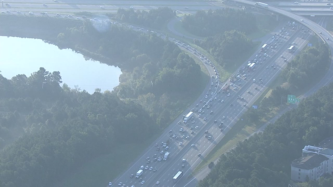 Crash causes backup on I-40