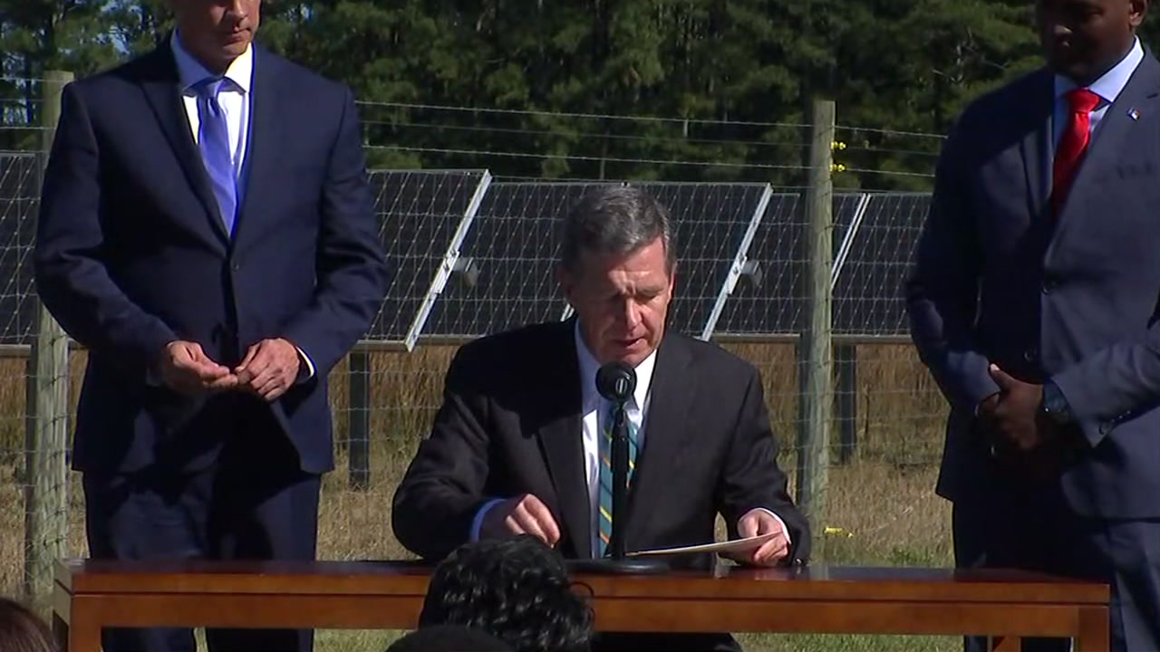 Governor Cooper signed an Executive Order on Monday taking aim at the effects of climate change, and vowing to kickstart a statewide effort to reduce greenhouse gas emissions.