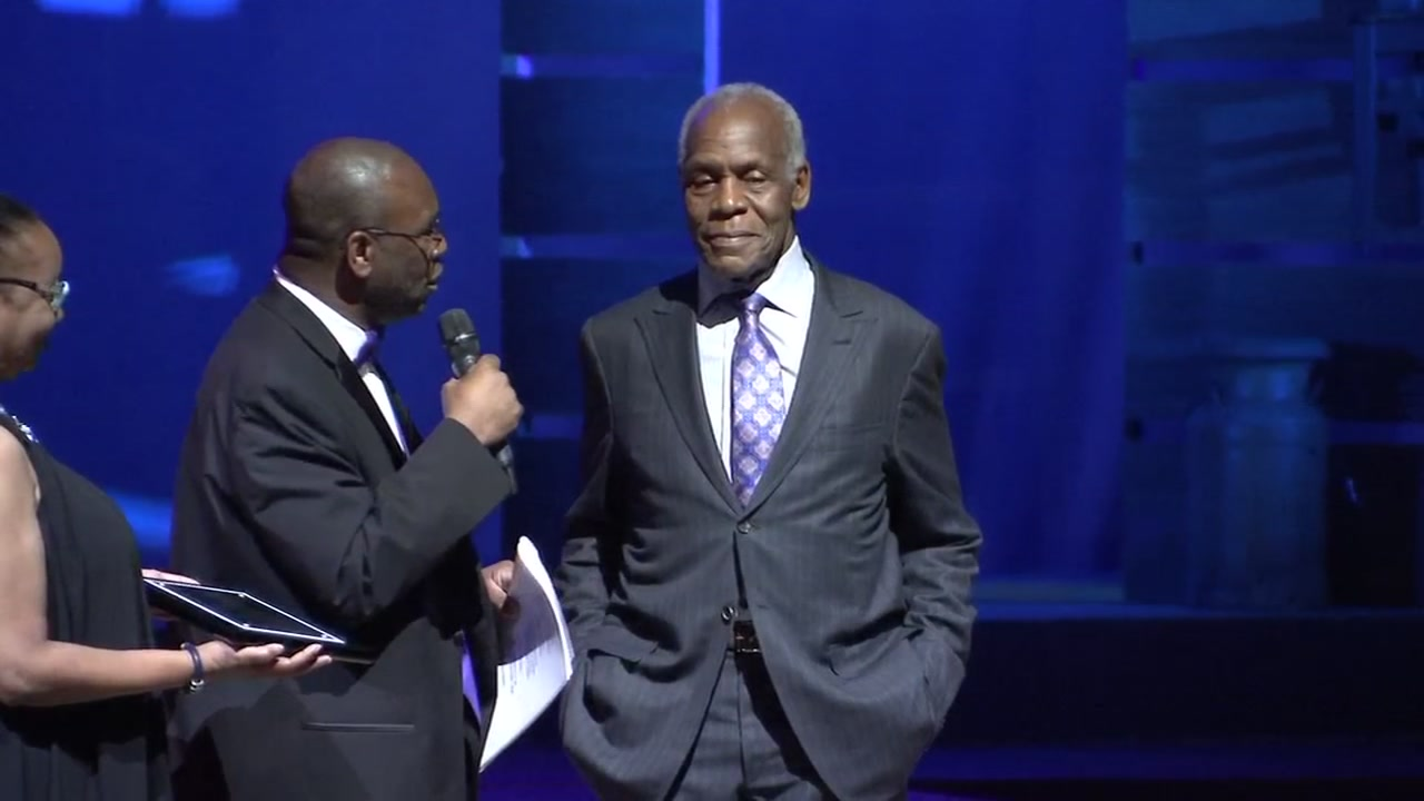 Danny Glover was honored by the Hillside Drama Department with a Trailblazer in the Arts Award on Friday night.