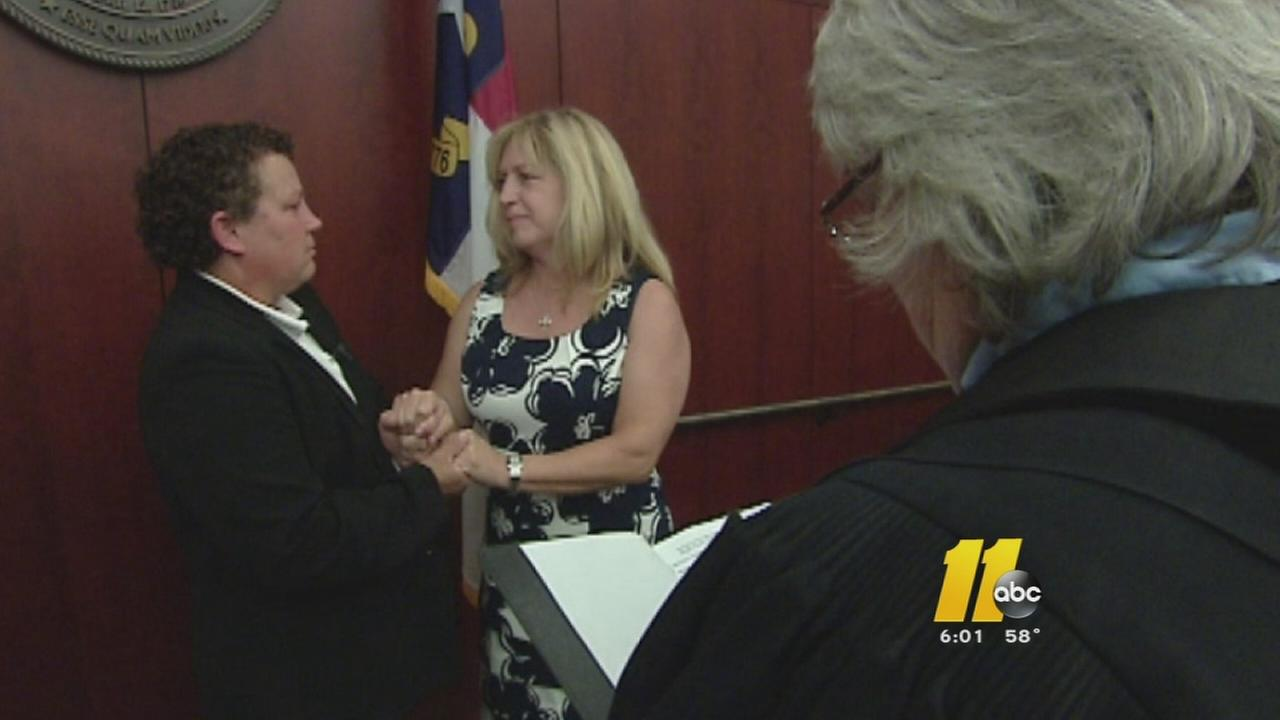 Lawsuit challenges gay marriage law