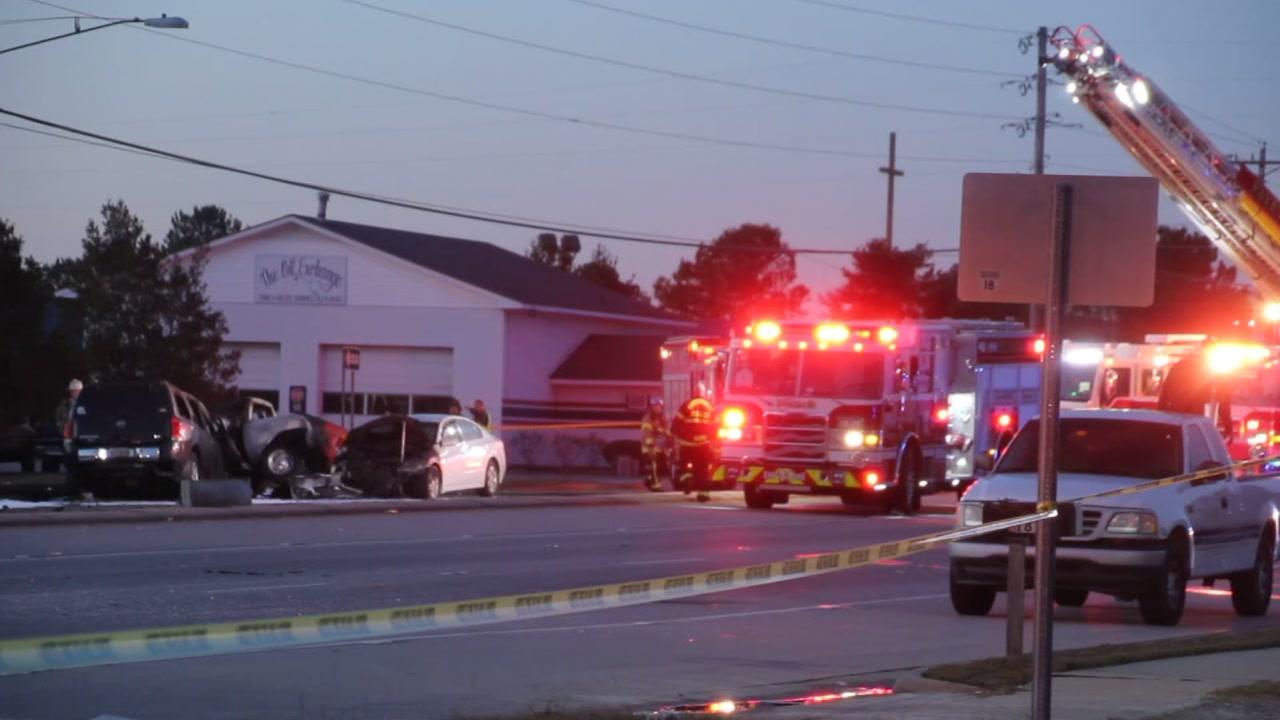 2 dead in multi-vehicle crash in Fayetteville