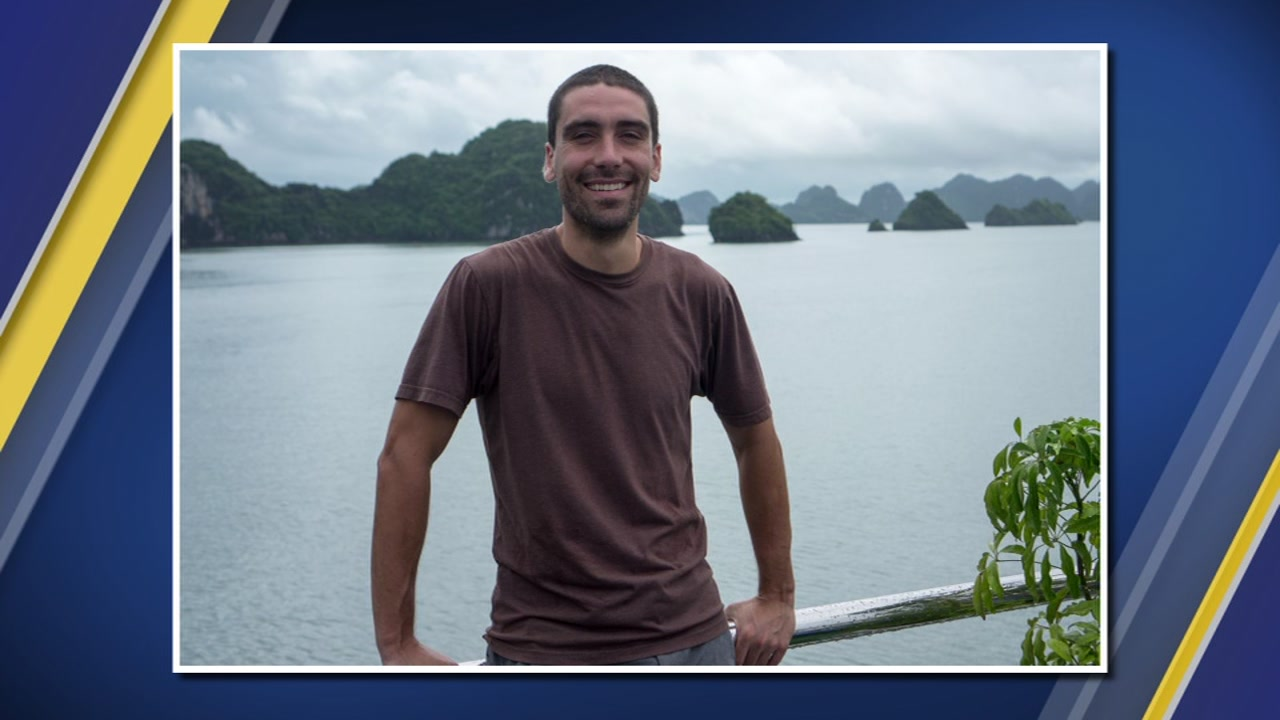 The family of an American hiker missing in northern Mexico says that the state government has informed it that he was killed by a criminal organization.