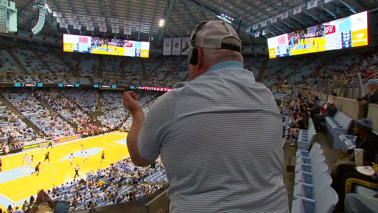 UNC superfan attends 500th straight home game Monday night.