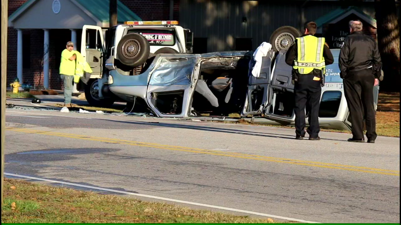 8 injured when van and pickup truck collide in Fayetteville