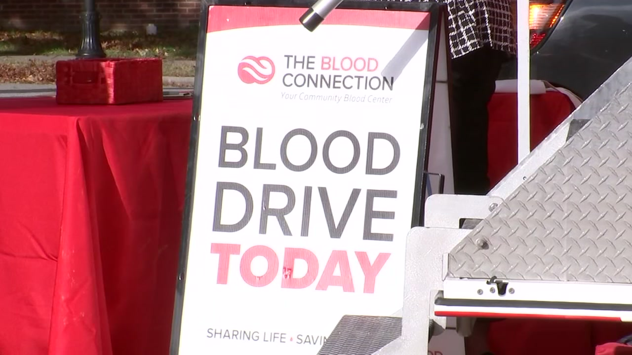 A Raleigh mother of three has organized a blood drive to help others.