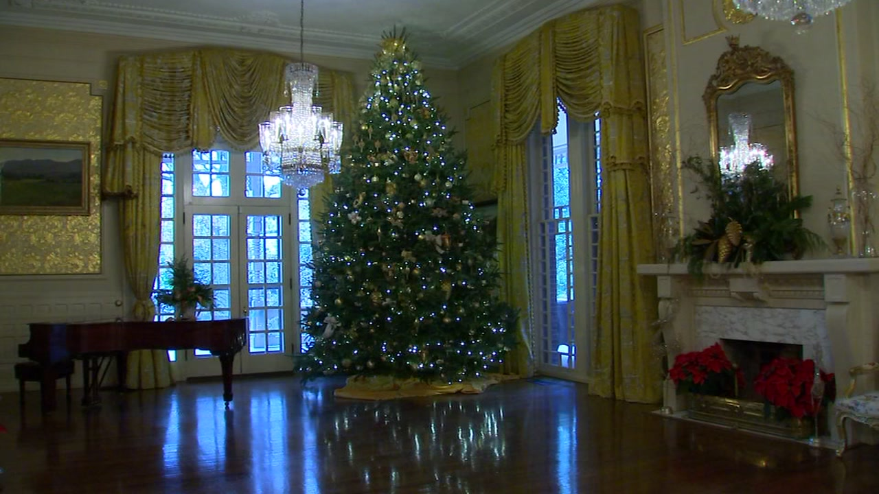 North Carolinas Executive Mansion will open for the annual Holiday Open House.