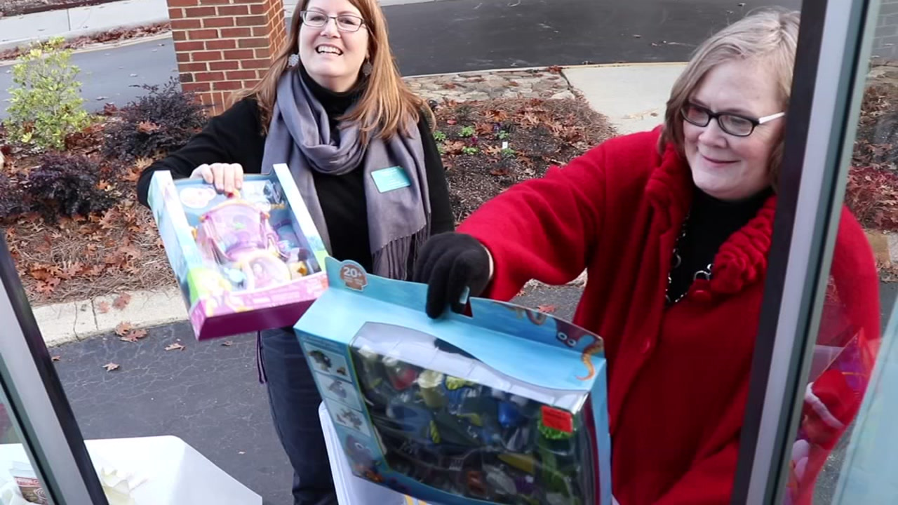 Cary community members Stuffed the Bus with toys that are sure to brighten the faces of the children and families his holiday season.