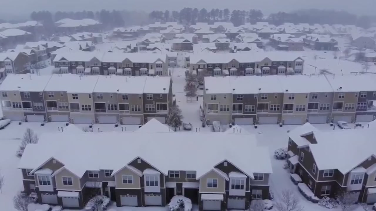 Drone footage of Raleigh snow