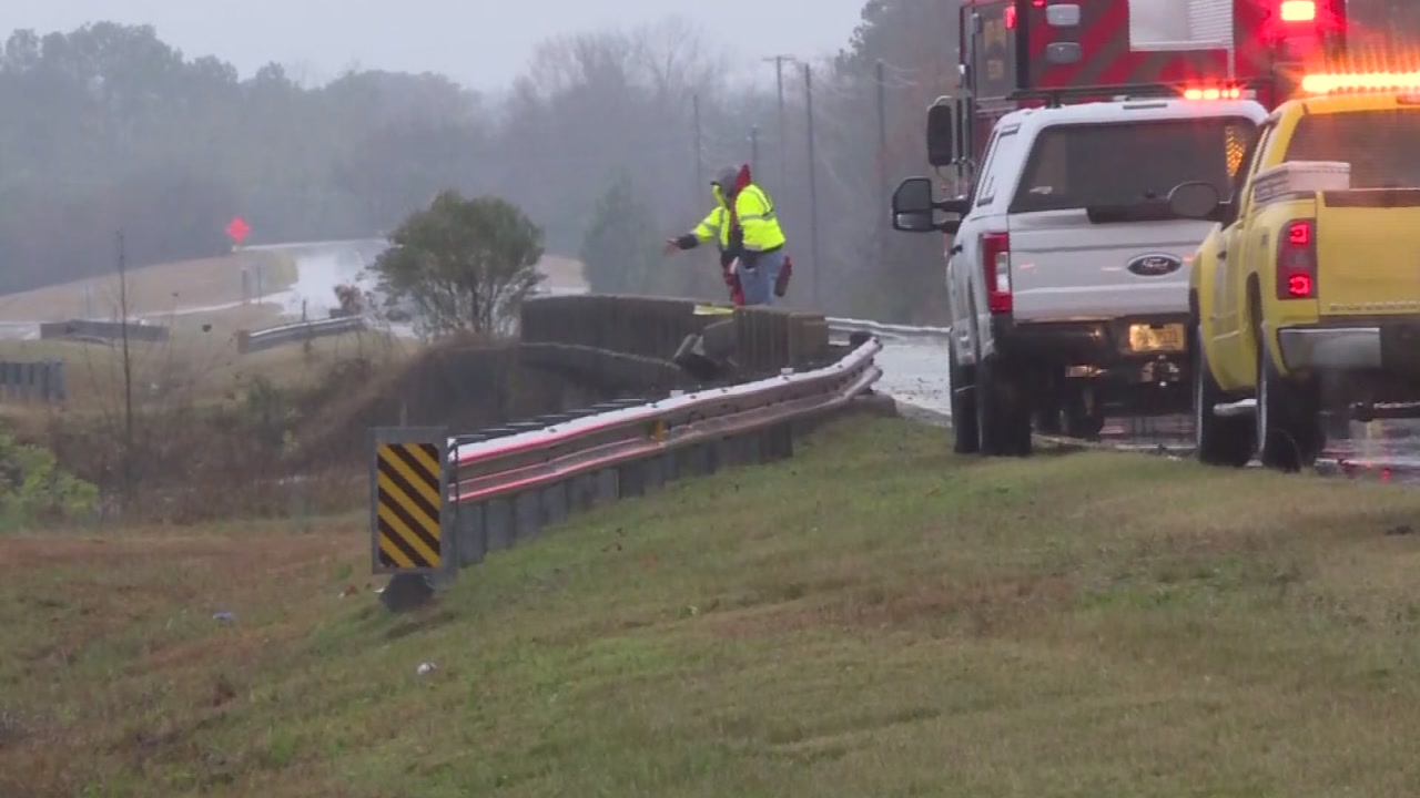 A dive team is searching for a man after the tractor-trailer he was driving ran off the side of the bridge and crashed into the Neuse River in Kinston, according to a WITN report.