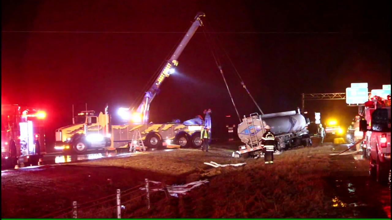 Raw video: Crash shuts down US-70 in Johnston County on Friday.