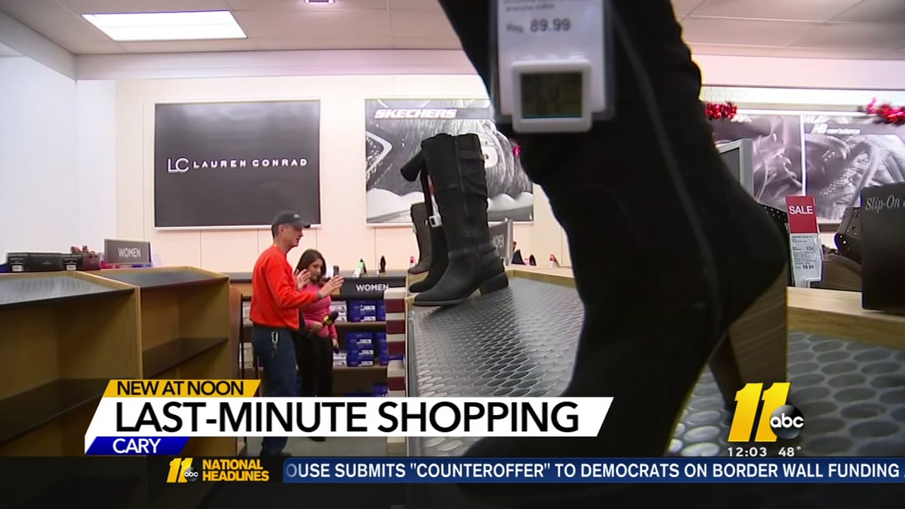 Procrastinators, rejoice!  With less than 24 hours before Santa is scheduled to arrive, last-minute shoppers can still find open stores and big savings.