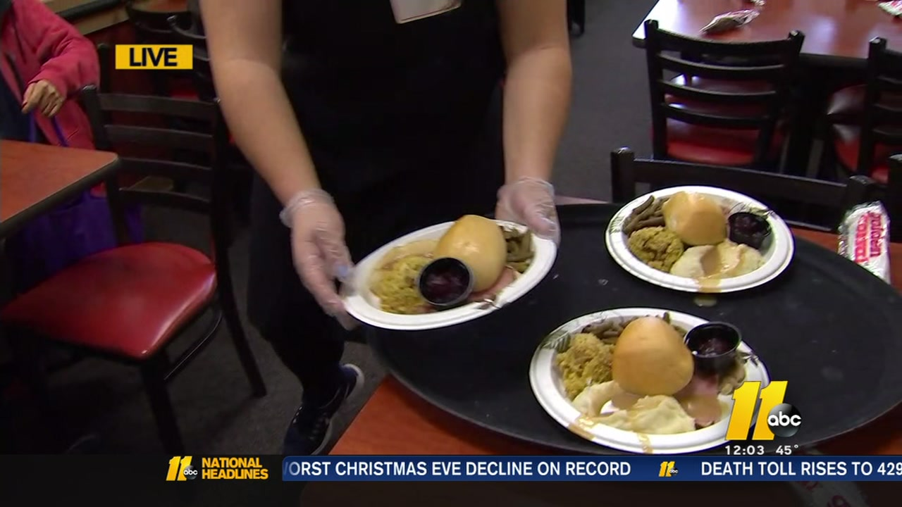 Raleigh Golden Corral feeds those in need on Christmas Day.