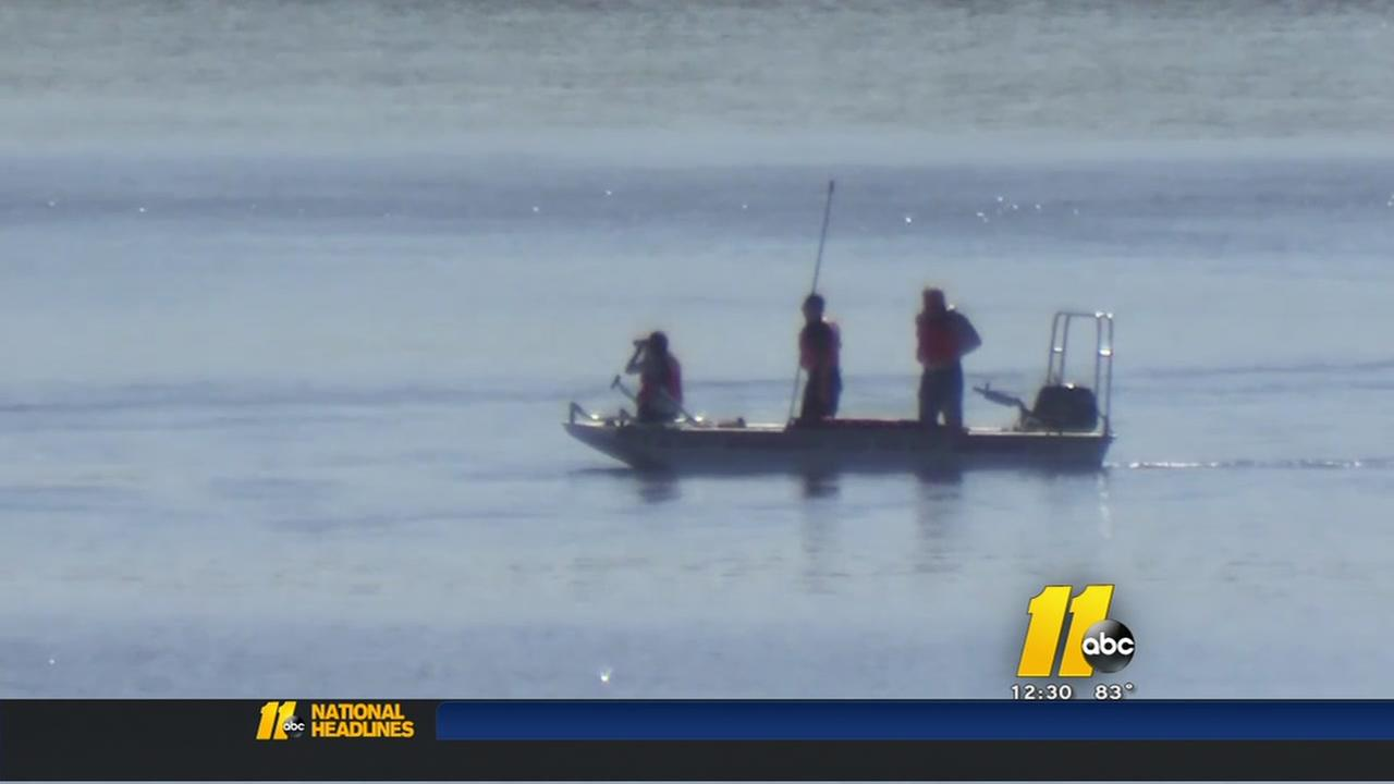 Search resumes for missing boater