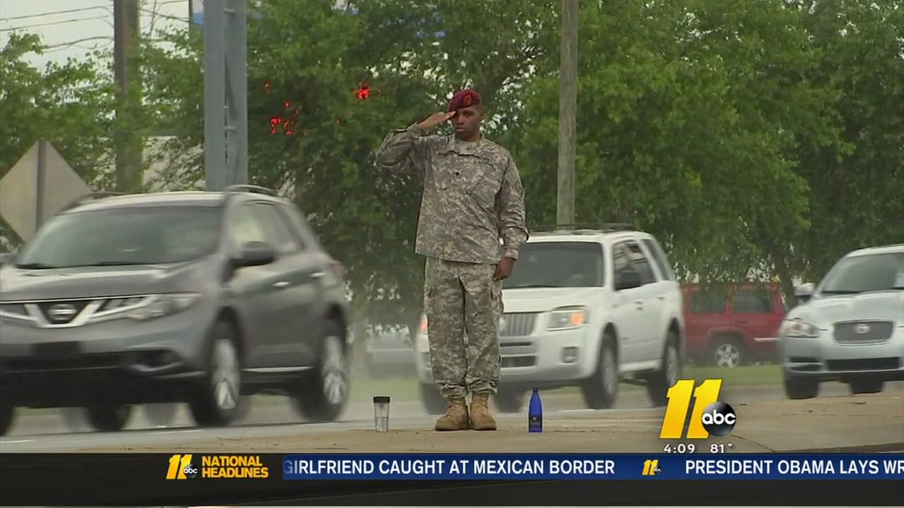 Fort Bragg paratrooper holds 2-hour salute on Memorial Day
