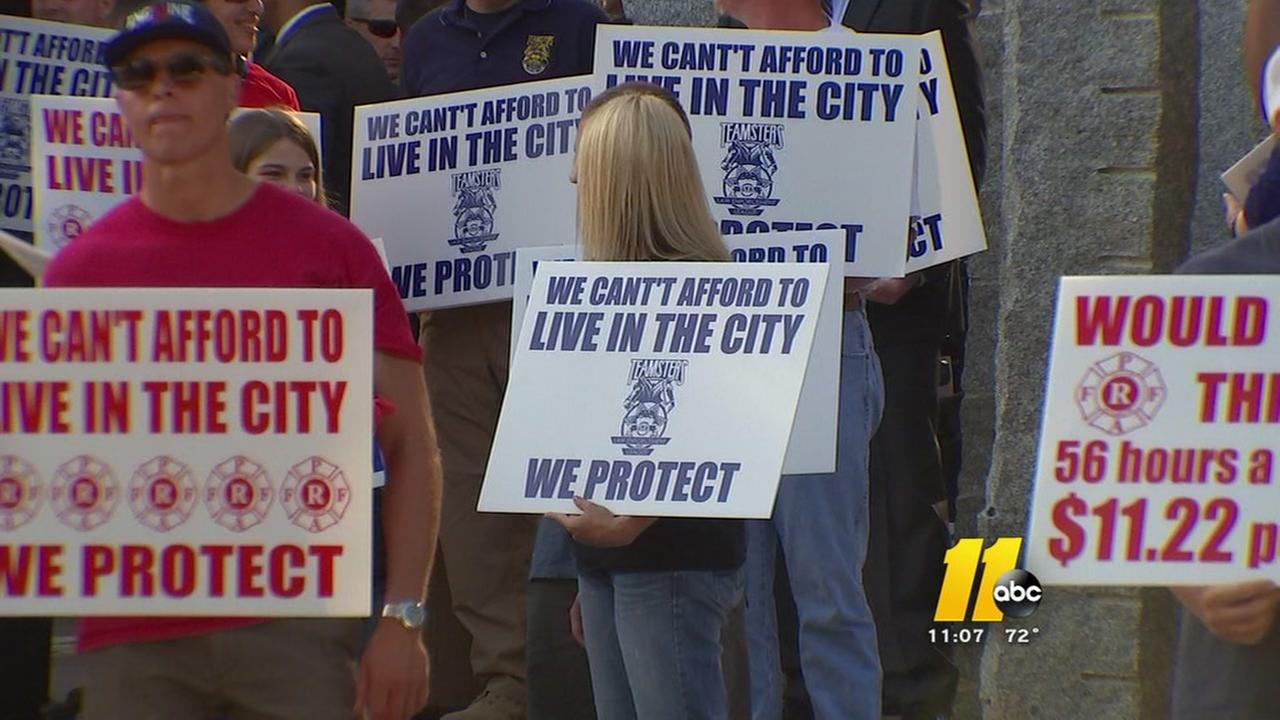 Police, fire ask for pay raise