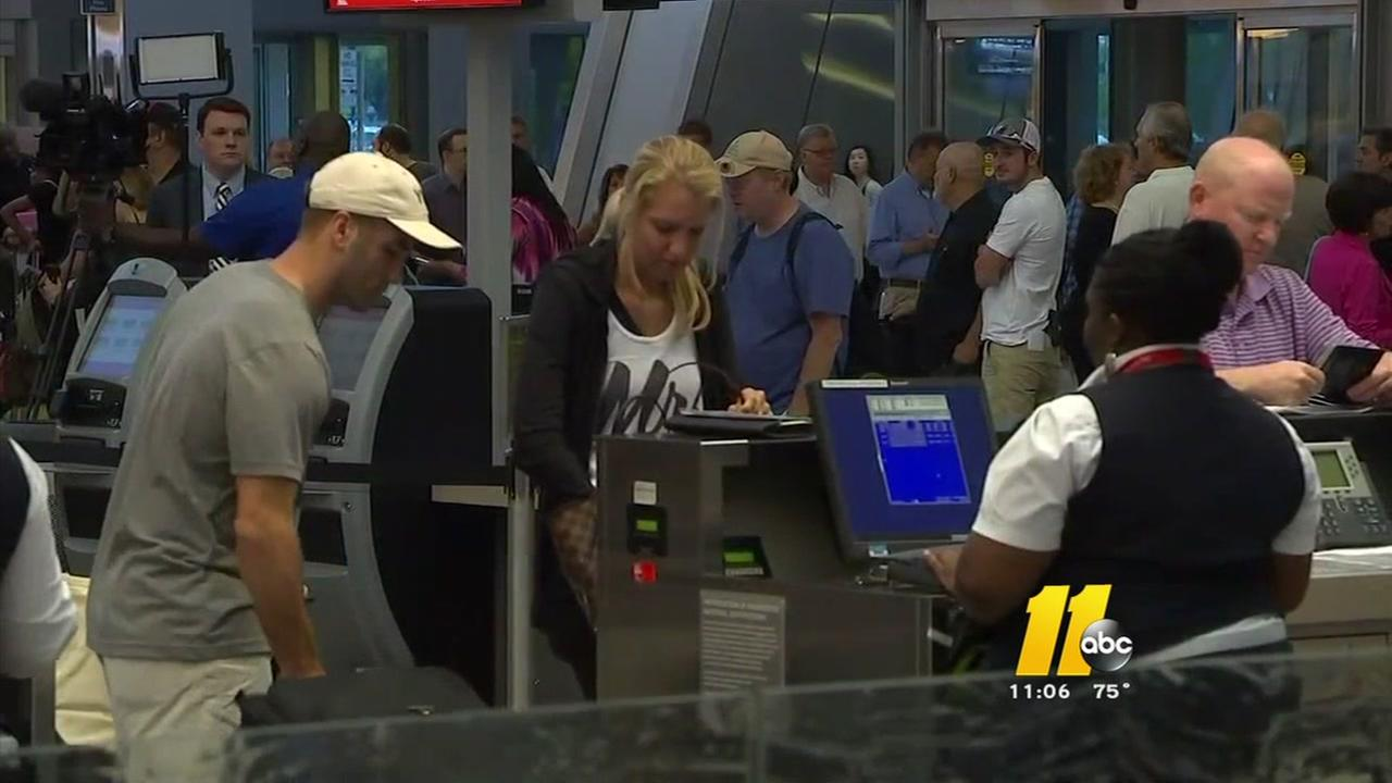Delta outages cause havoc for travelers