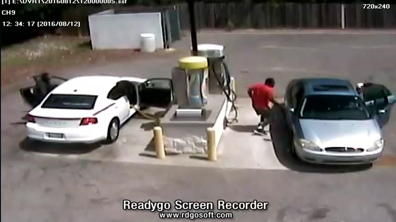 Car wash theft in Fayetteville