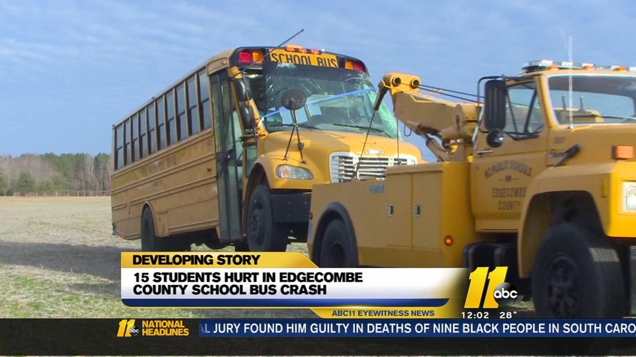 Students hurt in crash