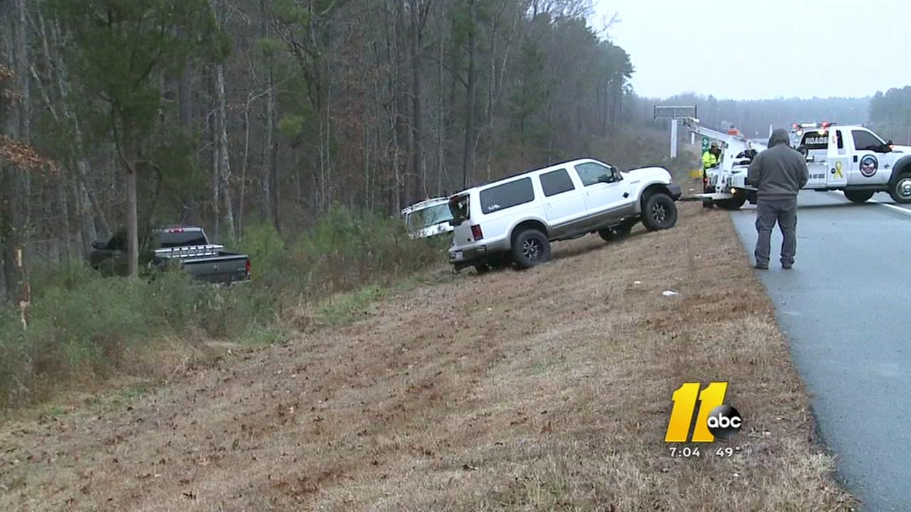 Hundreds of wrecks reported around the Triangle from icy conditions