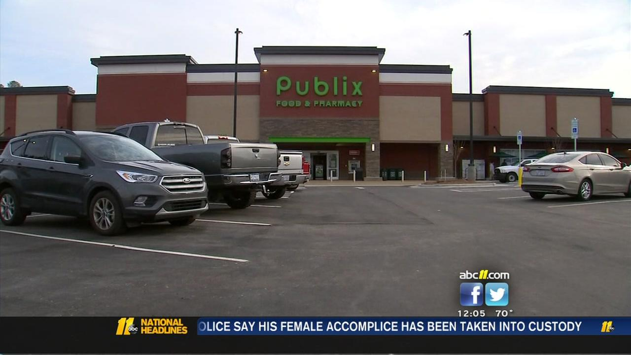 New Publix opens in Apex