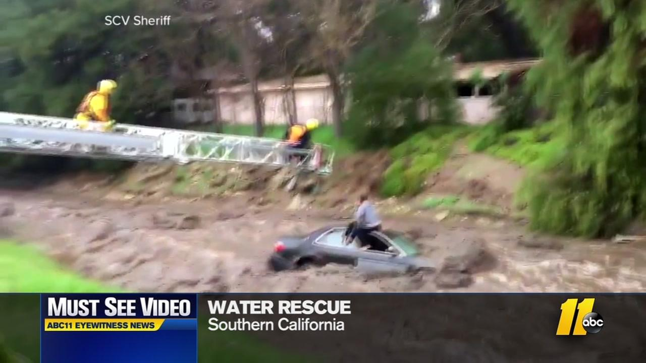 Must-see water rescue