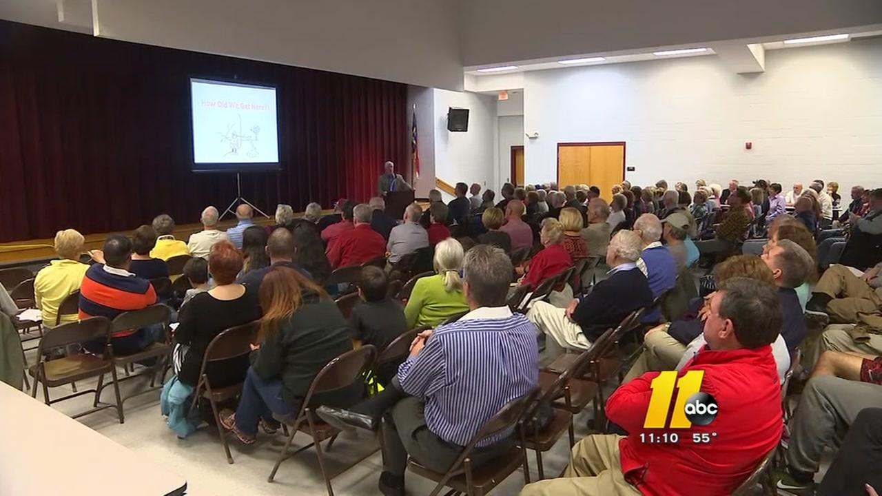 Residents poured in to discuss Woodlake Dam
