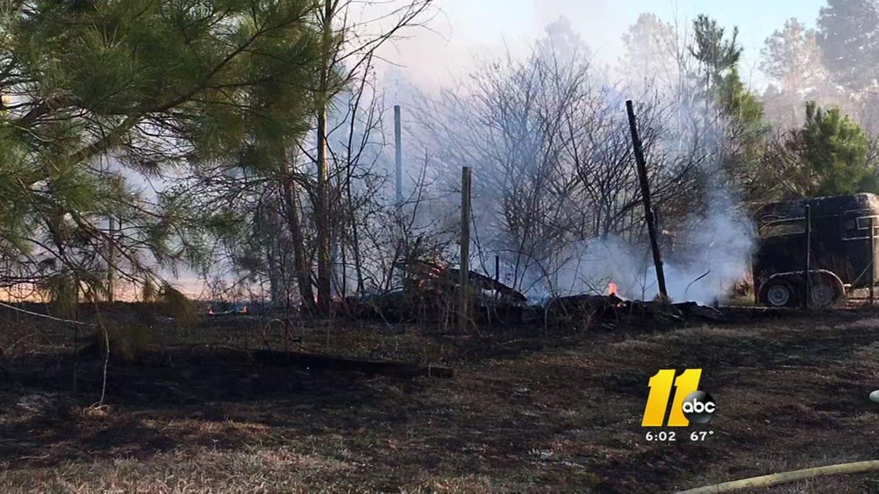 Crews save Johnston County neighborhood from brush fire