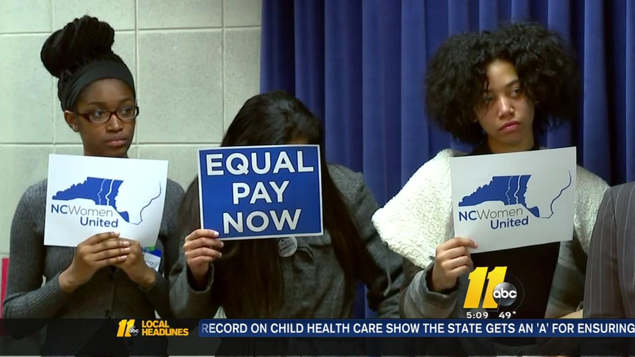 Women call for equal pay