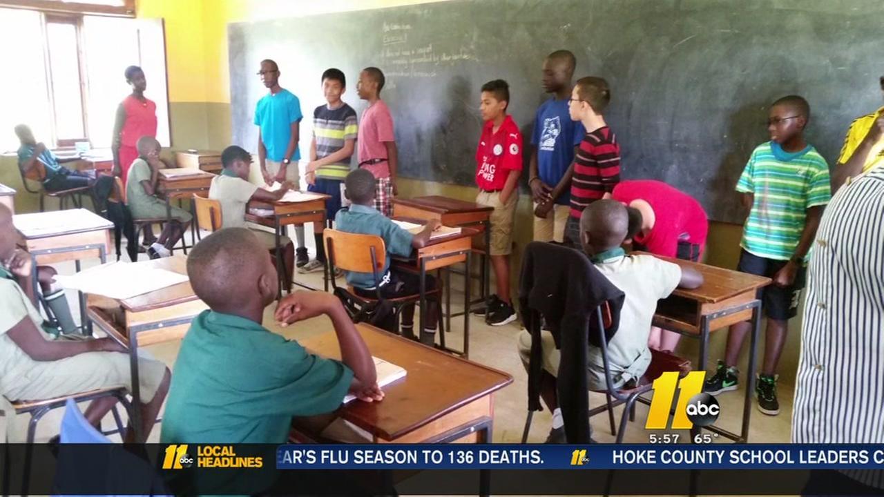 Students travel to Uganda
