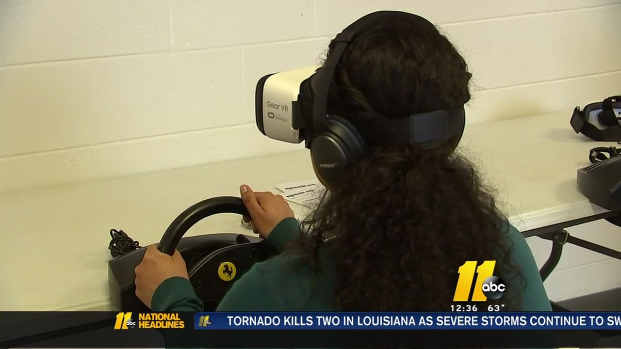 Students learn risks of distracted driving