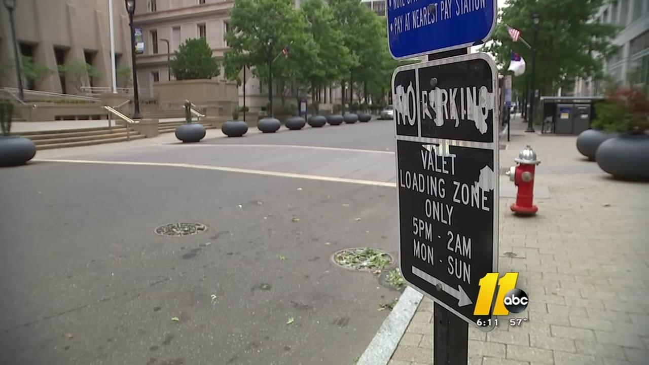Confusing parking signs in downtown Raleigh