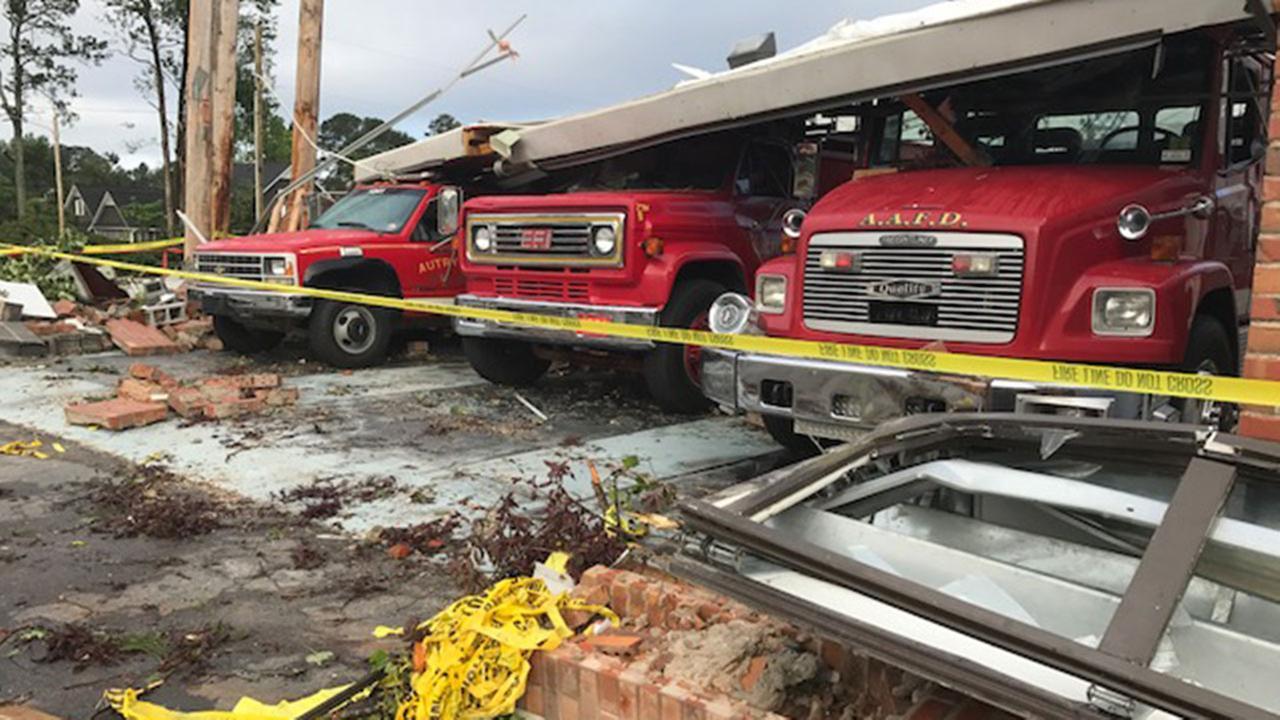 Tornado damage in Autryville