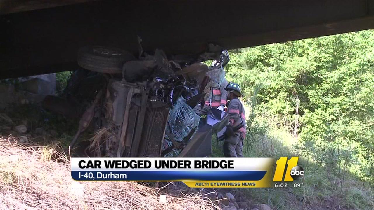 Authorities investigating serious crash on I-40 in Durham