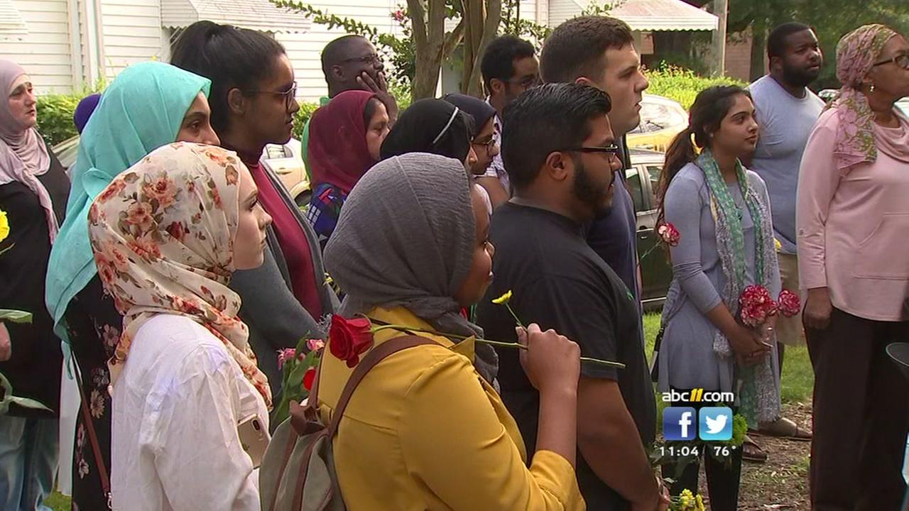 Vigil held for slain Muslim teen