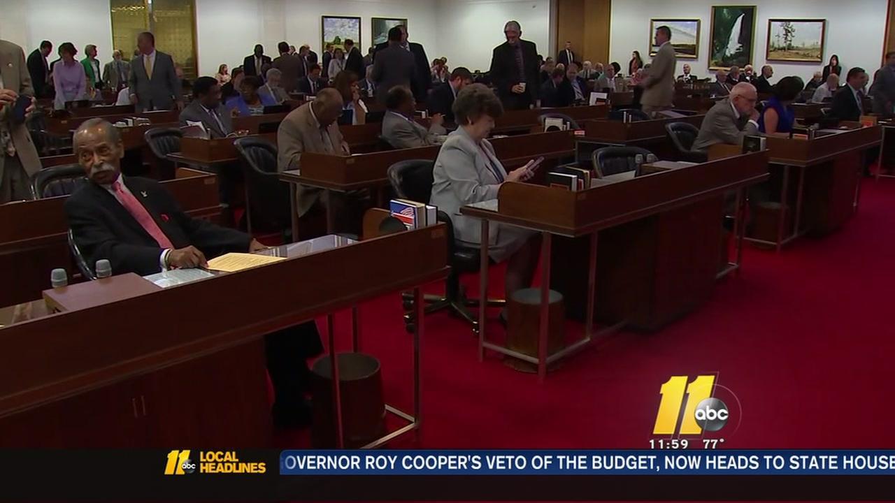 Lawmakers override Coopers budget veto