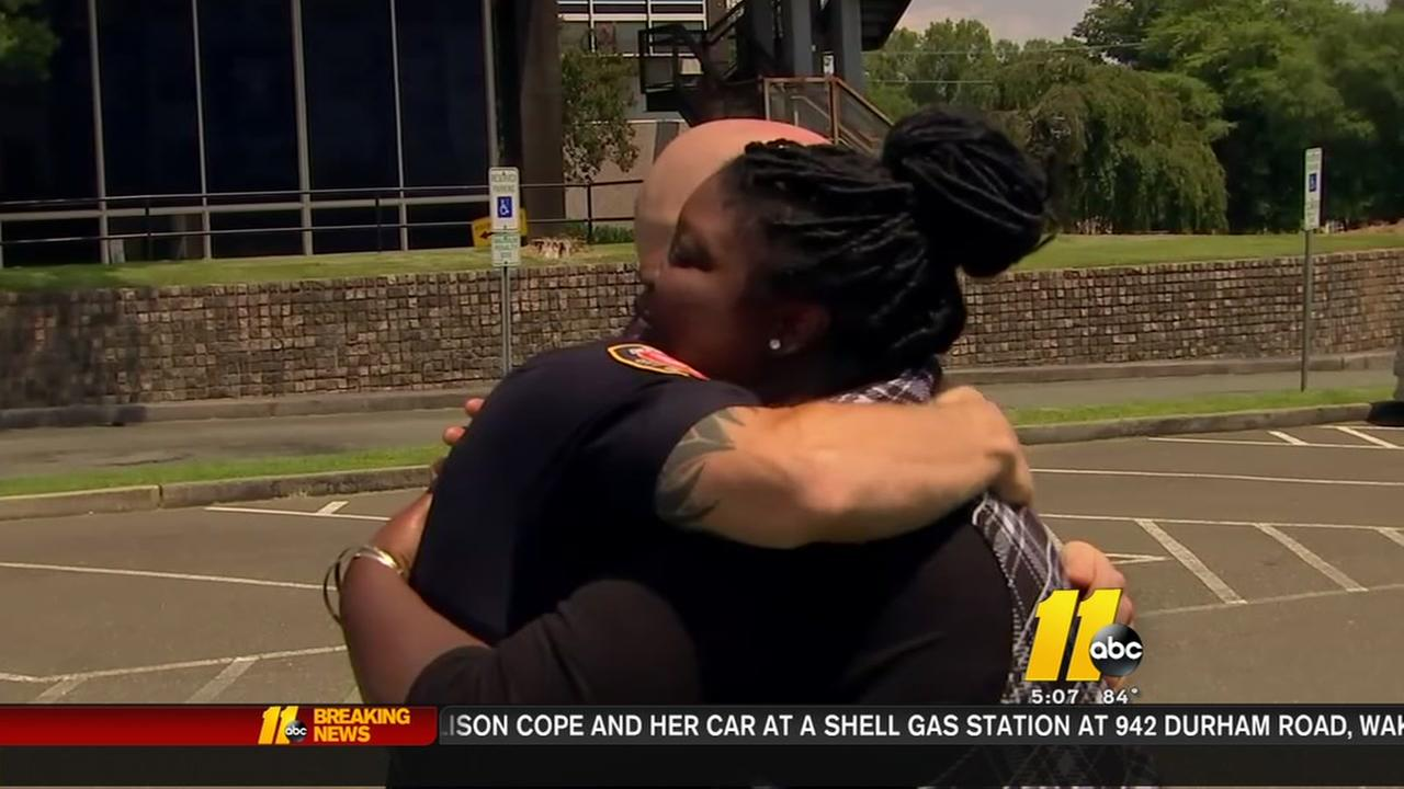 Durham officer helps woman after stopping her for speeding