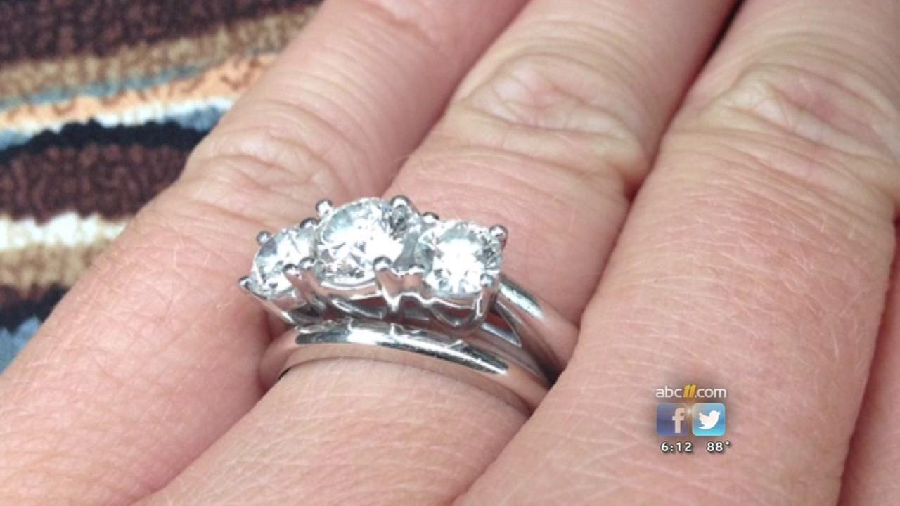 Raleigh woman loses irreplacable ring in restaurant bathroom | abc11.com