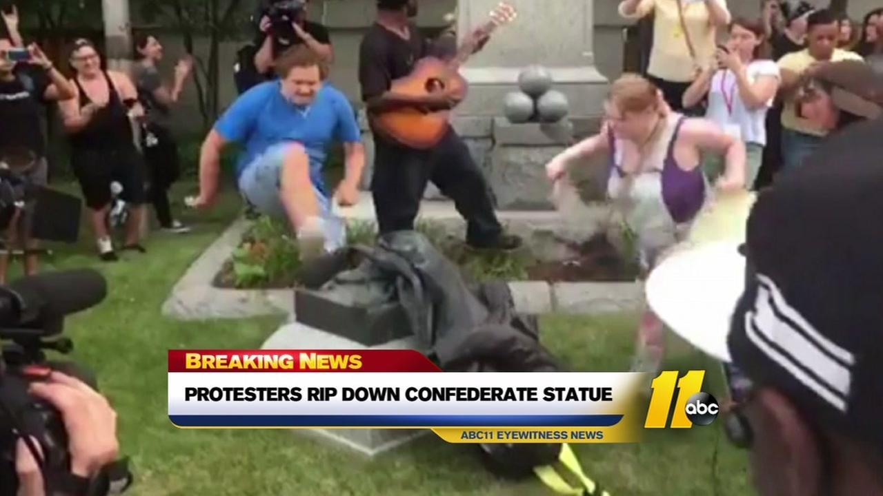 Protesters rip down Confederate statue