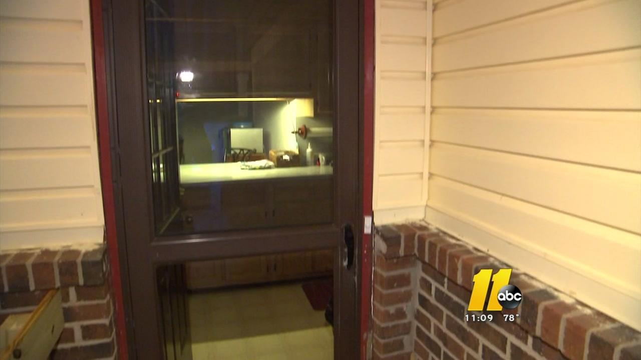 Elderly woman shaken after brazen robbery