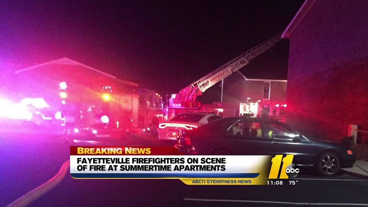 Fayetteville apartment building burns