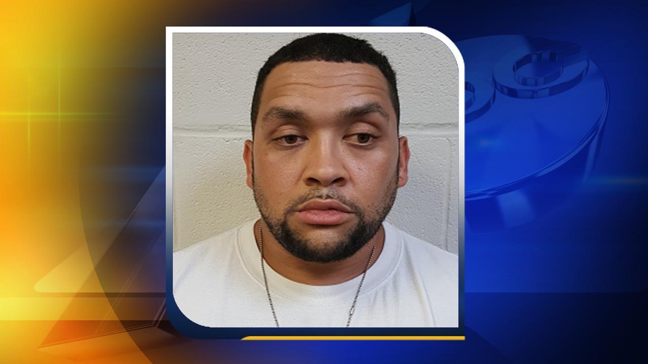 Deputies: Man arrested, accused in stabbing death