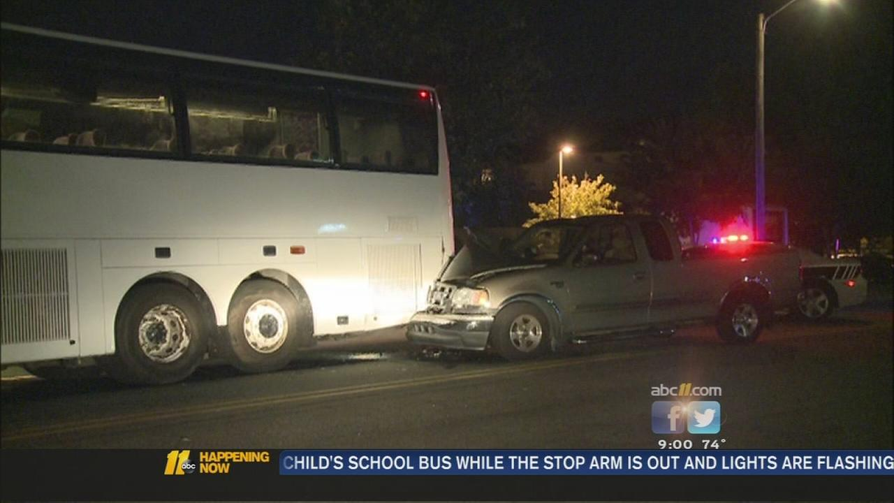 Truck crashes into Trailways bus in Durham