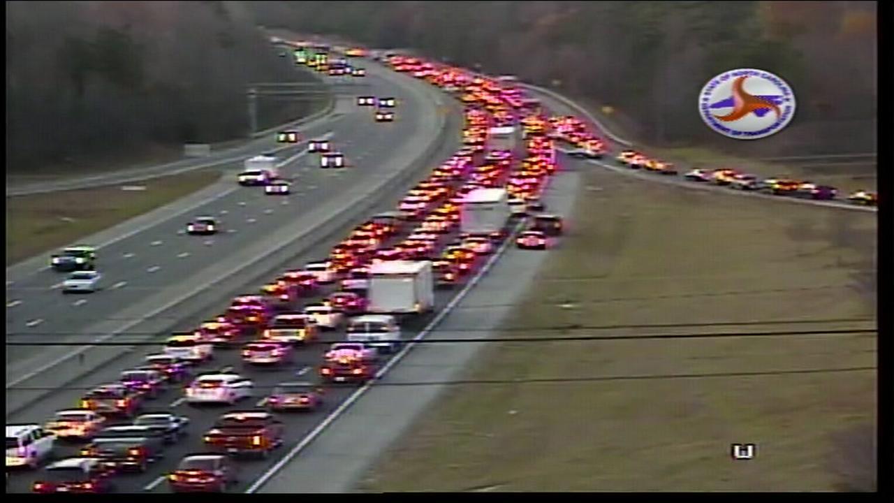 Crash shuts down I-40 near Hillsborough