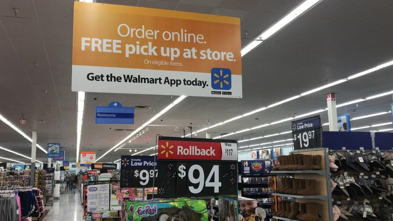 Shopping in-store versus online could save you money at Walmart