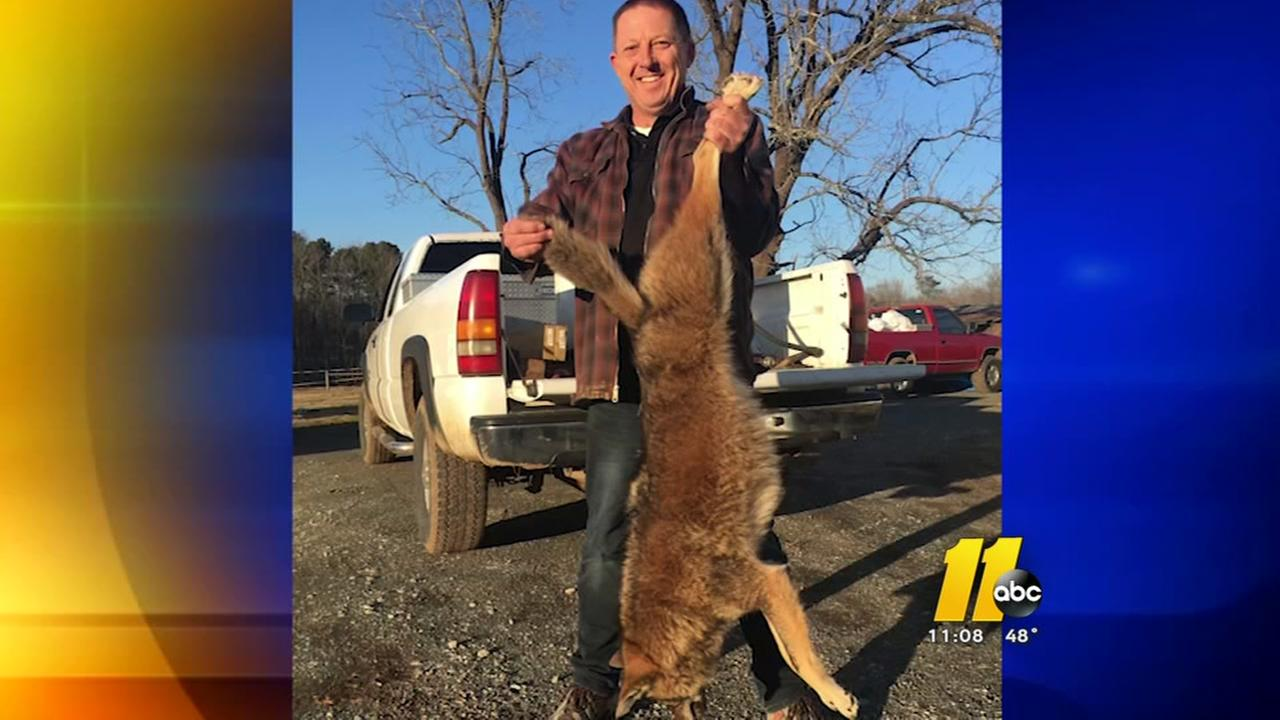 Man saves family from coyote
