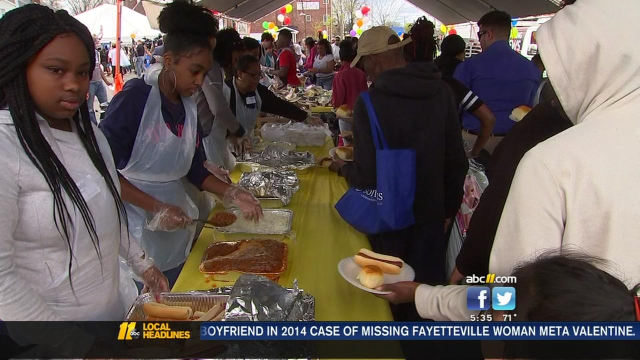 Thousands dine at Durham Rescue Mission dinner